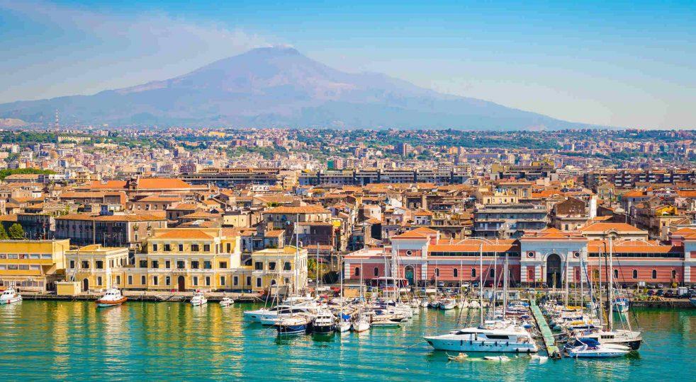 """Catania, dove la """"sana"""" invivibiltà ha eretto il suo regno"""